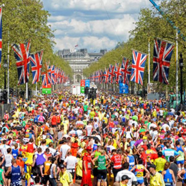 Introducing our fantastic 2020 London Marathon #TeamSIA runners!