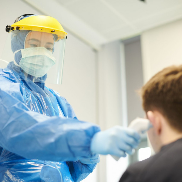 Public Health England guidance on use of PPE